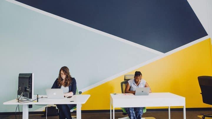 The 5 biggest advantages of refurbished hardware for start-ups